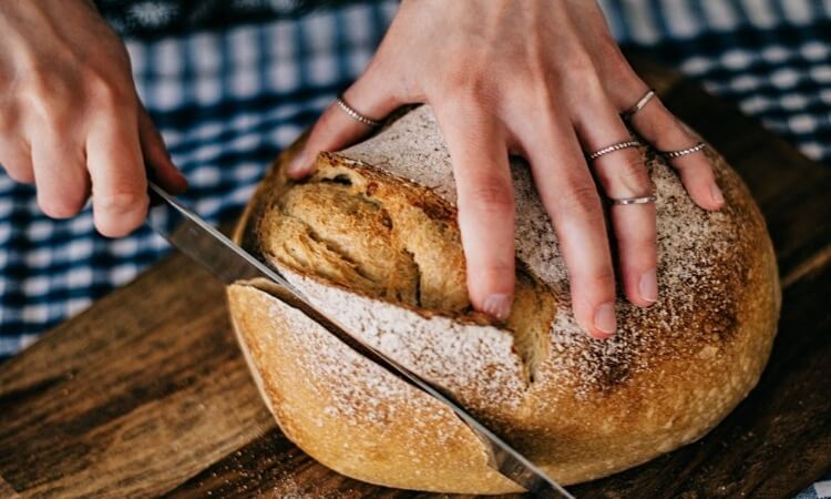 How To Cut Bread Without A Bread Knife
