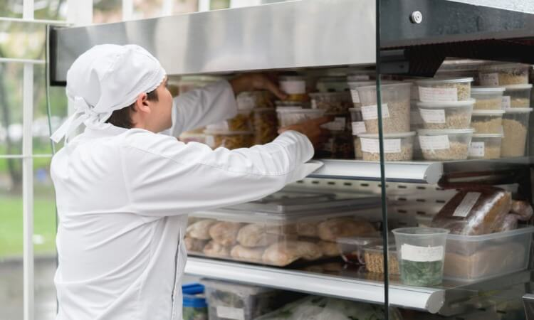 How To Label Food In A Commercial Kitchen