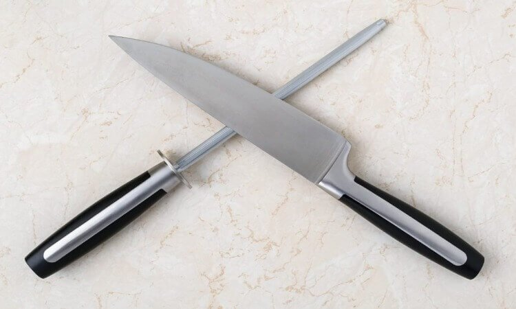 How To Buy A Chef's Knife For Your Cooking Needs