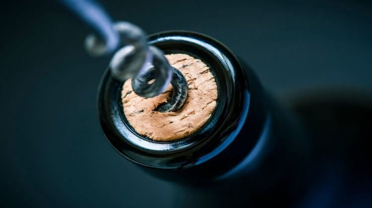 How To Use A Screw Wine Opener: The Easy Ways