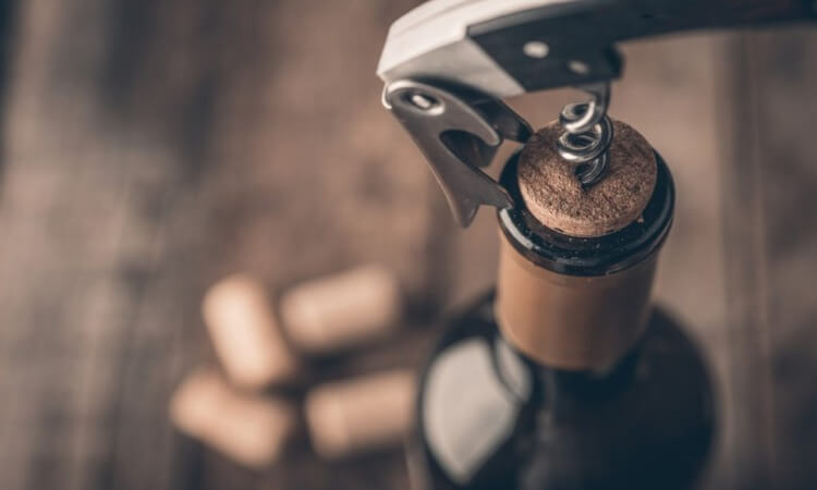 How To Use A Screwpull Wine Opener