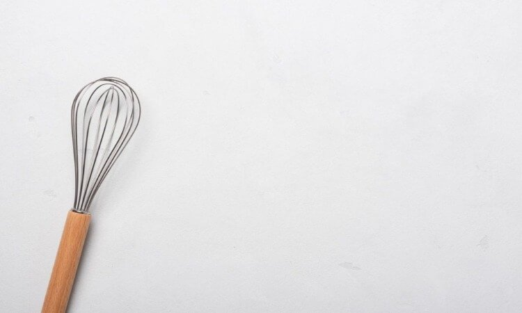 The 7 Best Balloon Whisks To Add In Your Kitchen
