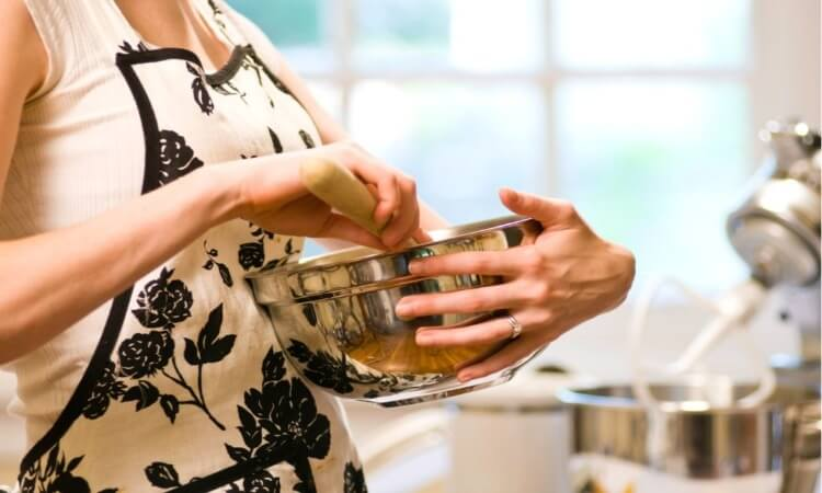 The 7 Best Metal Mixing Bowls