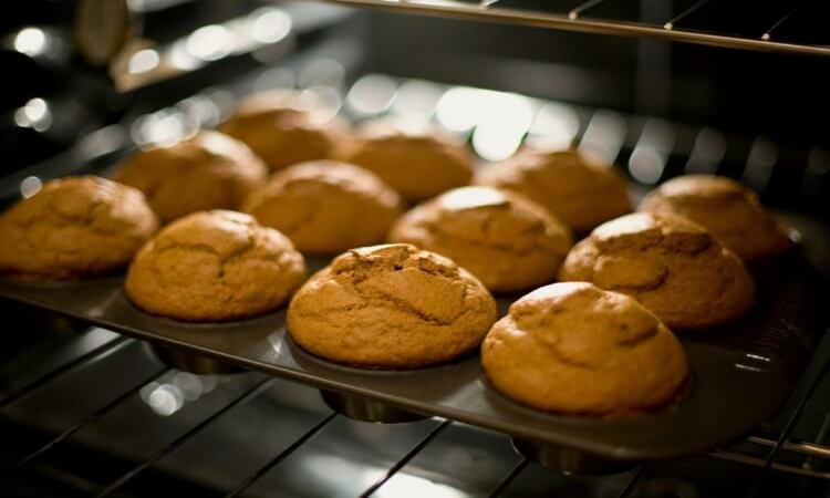 The 7 Best Muffin Pans For Your Baking Needs