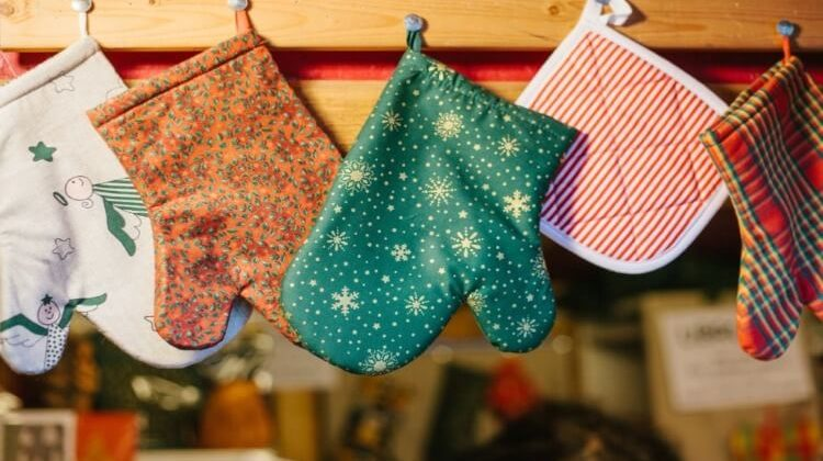 The 7 Best Potholders And Oven Mitts