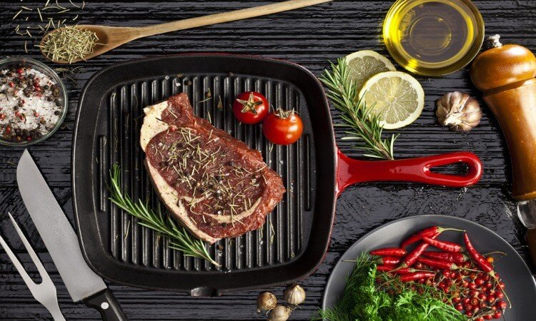 What Is A Grill Pan And How Does It Work